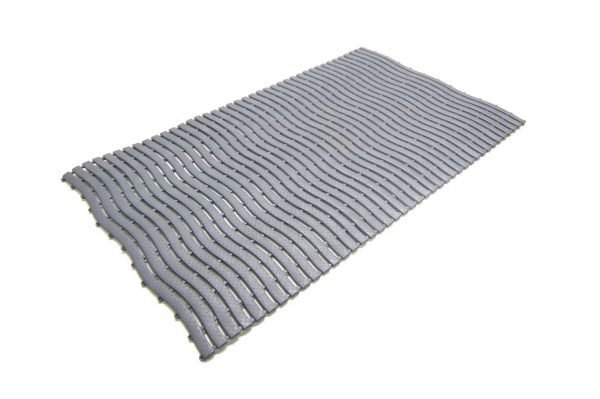 A single tile of Morland Aqua Step Wave pool matting in colour graphite on a white background